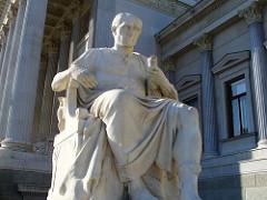 Julio César en la literatura histórica