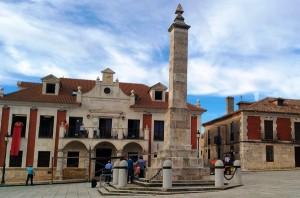 El obelisco monumento a los Comuneros en Villalar