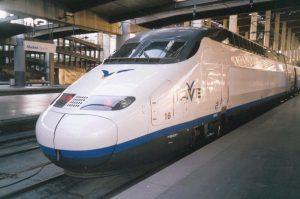 El AVE 101 en Atocha. Billetes baratos AVE
