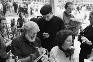 Ernest Hemingway fotografiado por Julio Ubiñá