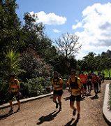 Gente corriendo. Imagen by El Coleccionista de Instantes Fotografía & Video