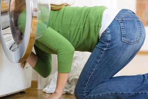 ¿Es mejor comprar una lavadora de carga frontal o superior?