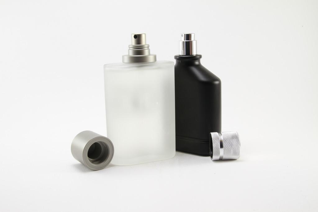 ¿Dónde comprar más barato un perfume? Comparamos precios