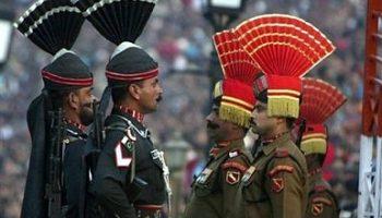 Visitar cambios de guardia en la frontera entre Pakistán y la India