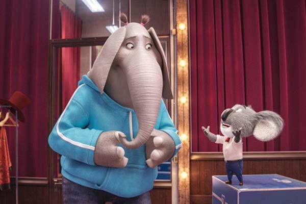 """Crítica de """"¡Canta!"""", de animación digital. ¿Qué película llevo a ver a los niños en Navidad 2016-17?"""