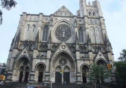 La cuarta catedral más grande, la catedral anglicana de Nueva York