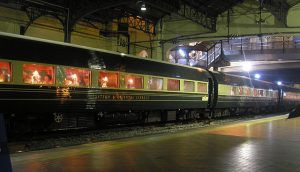 640px-Eastern_&_Oriental_Express_passenger_cars,_Kuala_Lumpur