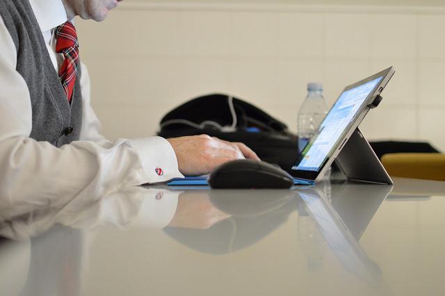 ¿Qué son las enfermedades tecnológicas y qué las causa?
