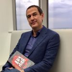 """Entrevista a Roberto Santiago, autor de """"Ana"""""""