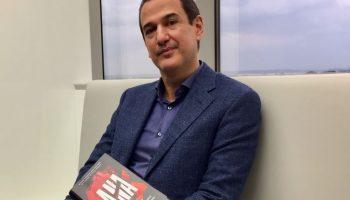 """""""Ana"""", el thriller de Roberto Santiago"""