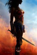 """Juguetes y accesorios de """"Wonder Woman"""" para niñas y fans"""