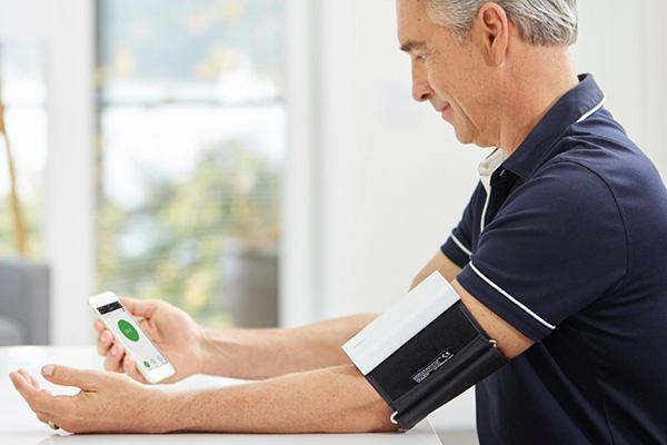 Análisis del tensiómetro inalámbrico para Android y iPhone QardioArm