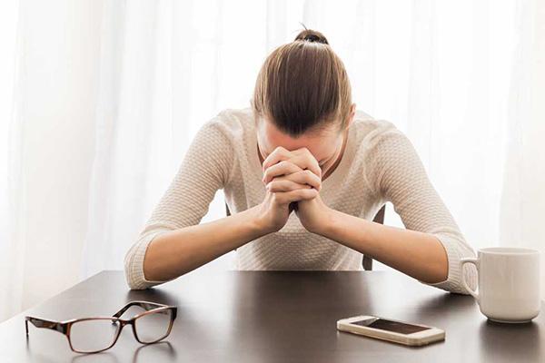 ¿Cómo saber si se sufre una depresión y distinguirla de la tristeza?