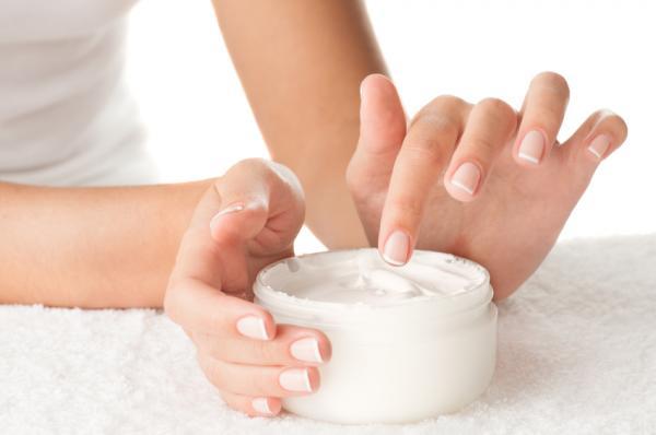 ¿Cuándo y cómo aplicar tu crema hidratante?