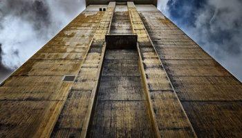 """Uno de los relatos de """"La historia de tu vida"""" trata sobre la Torre de babel"""