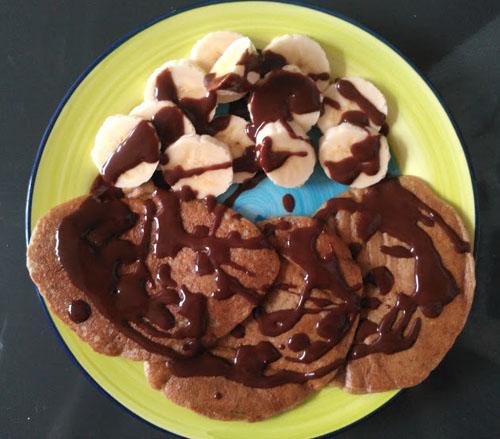 Deliciosas acompañadas de plátano y chocolate
