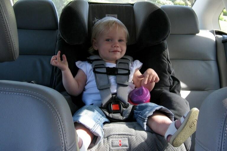 Sillas de coche para niños: económicas y confortables. ¿Cuál elijo?