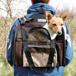Mochilas para perros o como facilitar su transporte cómodo y seguro