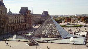 El Museo del Louvre es la pinacoteca más valiosa del mundo