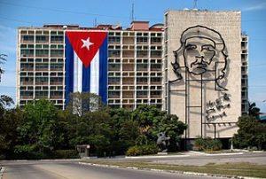 El famoso mural del Che sobre la fachada del Ministerio del Interior