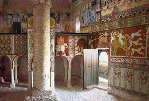 Las pinturas fueron arrancadas de las paredes de San Baudelio en 1925