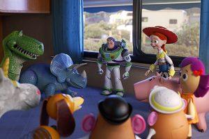 Buzz Lightyear y el resto de juguetes